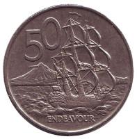 """Парусник """"Endeavour"""". Монета 50 центов, 1976 год, Новая Зеландия."""
