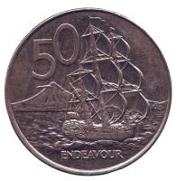 """Парусник """"Endeavour"""". Монета 50 центов. 2002 год, Новая Зеландия."""