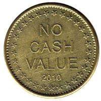 """Игровой жетон """"No Cash Value 2010. Freedom 2010""""."""