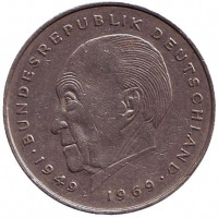 Конрад Аденауэр. Монета 2 марки. 1977 год (D), ФРГ. Из обращения.