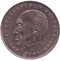 Конрад Аденауэр. Монета 2 марки. 1981 год (J), ФРГ. Из обращения.
