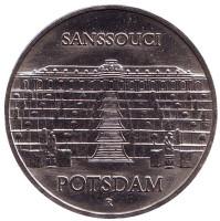 Дворец Сан-Суси в Потсдаме. Монета 5 марок. 1986 год, Германия.