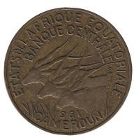Африканские антилопы. (Западные канны). Монета 10 франков. 1961 год, Камерун.