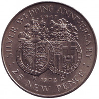 25 лет свадьбе Королевы Елизаветы II и Принца Филиппа. Монета 25 новых пенсов. 1972 год, Гибралтар.